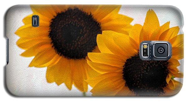 Sunny Flower On A Rainy Day Galaxy S5 Case by Tammy Espino