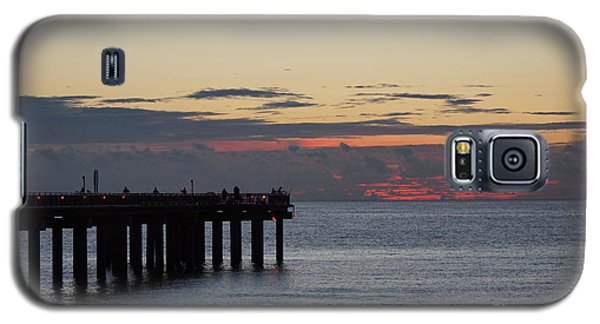 Galaxy S5 Case featuring the photograph Sunny Isles Fishing Pier Sunrise by Rafael Salazar