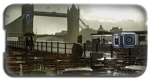 Sunny Rainstorm In London England Galaxy S5 Case