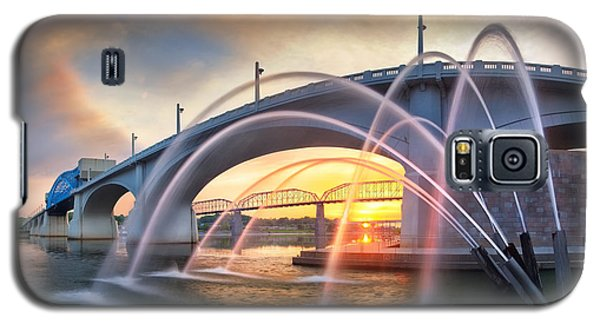 Sunrise At John Ross Landing Fountain Galaxy S5 Case by Steven Llorca
