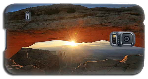 Sunrise At Mesa Arch Galaxy S5 Case by Jaki Miller