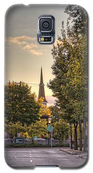 Sunrise At The End Of The Street Galaxy S5 Case by Daniel Sheldon