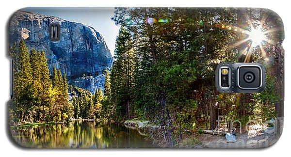 Yosemite National Park Galaxy S5 Case - Sunrise At Yosemite by Az Jackson