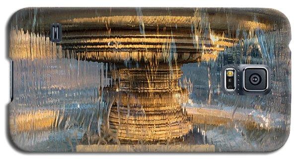 Galaxy S5 Case featuring the photograph Sunrise Fountain by Glenn DiPaola