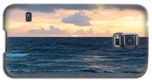Galaxy S5 Case featuring the photograph Sunrise In Deerfield Beach by Rafael Salazar