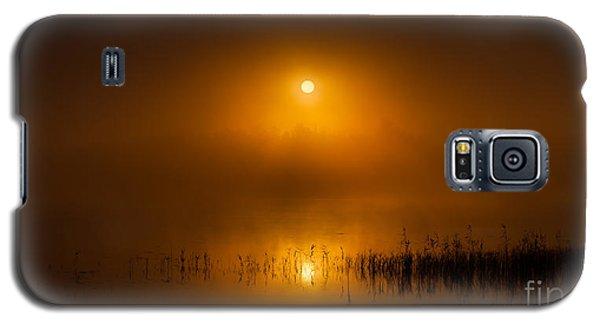 Sunrise In The Fog Galaxy S5 Case