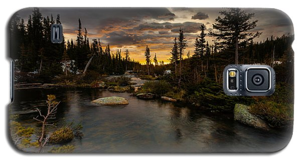 Sunrise In The Indian Peaks Galaxy S5 Case