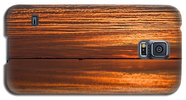 Galaxy S5 Case featuring the photograph Sunrise On Ramrod Key by Sandy Molinaro