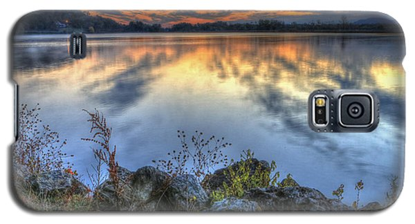 Sunrise On The Lake Galaxy S5 Case