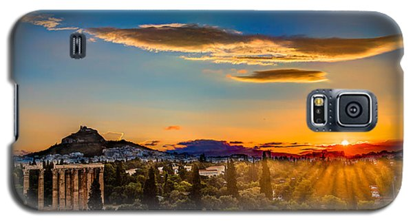 Galaxy S5 Case featuring the photograph Sunrise On The Temple Of Olympian Zeus by Micah Goff