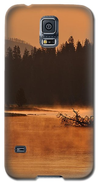 Sunrise Over The Yellowstone River Galaxy S5 Case