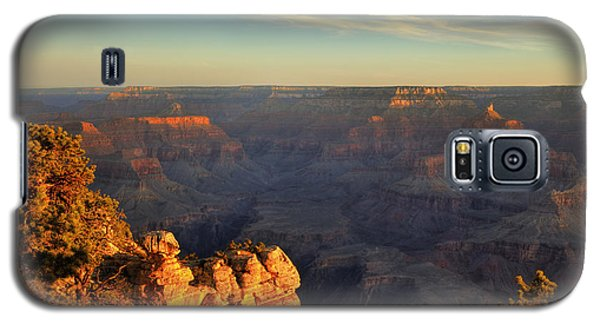 Galaxy S5 Case featuring the photograph Sunrise Over Yaki Point At The Grand Canyon by Alan Vance Ley