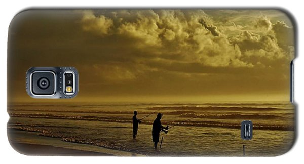 Galaxy S5 Case featuring the photograph Sunrise Surf Fishing by Ed Sweeney