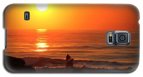 Galaxy S5 Case featuring the digital art Sunrise Surfer by Phil Mancuso
