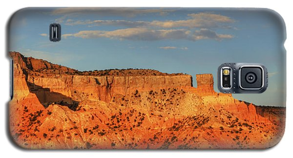 Galaxy S5 Case featuring the photograph Sunset At Ghost Ranch by Alan Vance Ley