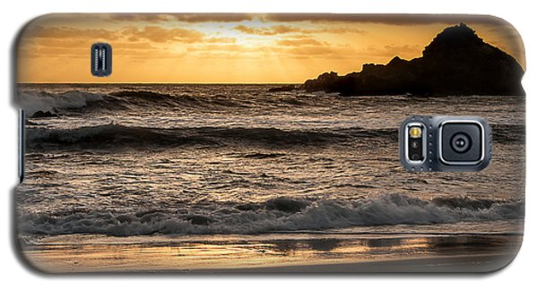 Galaxy S5 Case featuring the photograph Sunset At Pfeiffer State Beach by Lee Kirchhevel