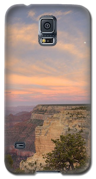 Galaxy S5 Case featuring the photograph Sunset At Powell Point by Alan Vance Ley