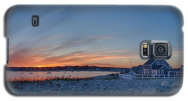Sunset At Scituate Light Galaxy S5 Case by Jeff Folger