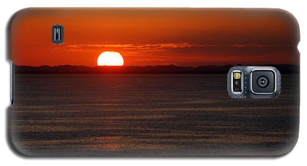 Galaxy S5 Case featuring the photograph Sunset At Sea by Allen Carroll