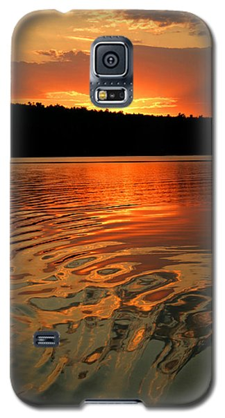 Sunset At The Lake Galaxy S5 Case by Barbara West