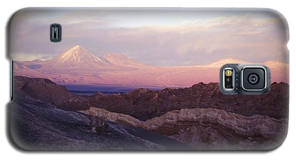 Galaxy S5 Case featuring the photograph Sunset At The Valley Of The Moon by Lana Enderle