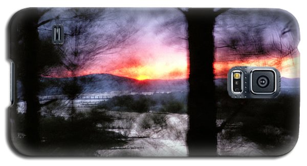 Galaxy S5 Case featuring the photograph Sunset Atop Windy Emerald Park by Jason Politte