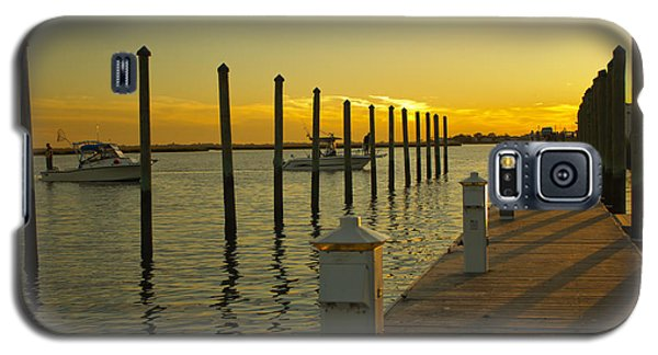 Galaxy S5 Case featuring the photograph Sunset By The Marina One by Jose Oquendo