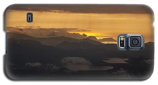 Galaxy S5 Case featuring the photograph Sunset by Gunnar Orn Arnason
