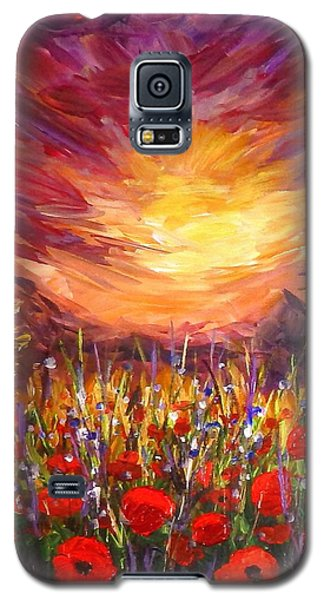 Sunset In Poppy Valley  Galaxy S5 Case by Lilia D