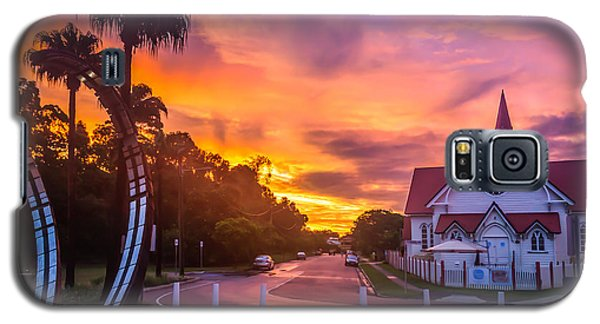 Galaxy S5 Case featuring the photograph Sunset In Sandgate by Peta Thames