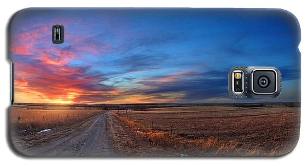 Sunset On Aa Road Galaxy S5 Case by Rod Seel