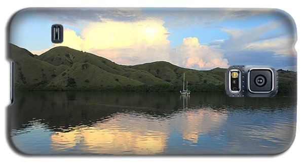 Galaxy S5 Case featuring the photograph Sunset On Komodo by Sergey Lukashin