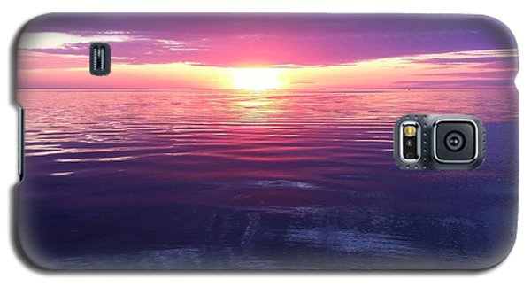 Galaxy S5 Case featuring the photograph Sunset On The Bay by Tiffany Erdman