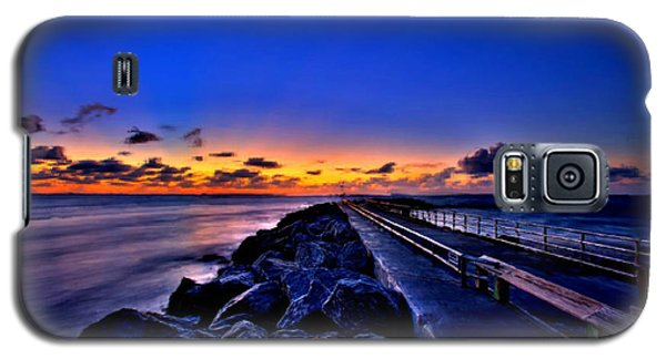 Galaxy S5 Case featuring the painting Sunrise On The Pier by Bruce Nutting