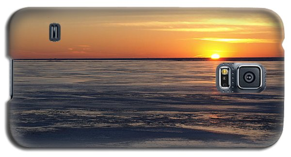 Sunset Over A Frozen Lake Erie - 2 Galaxy S5 Case