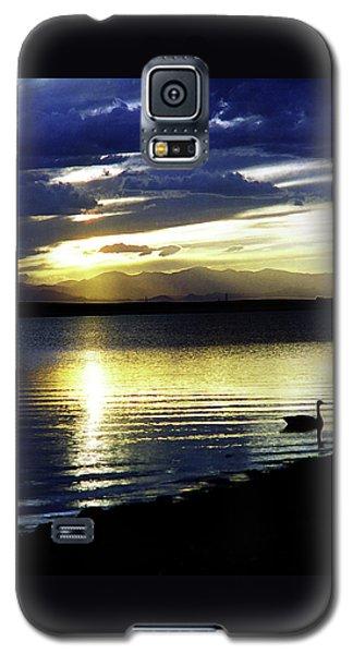 Sunset Over Aurora Galaxy S5 Case