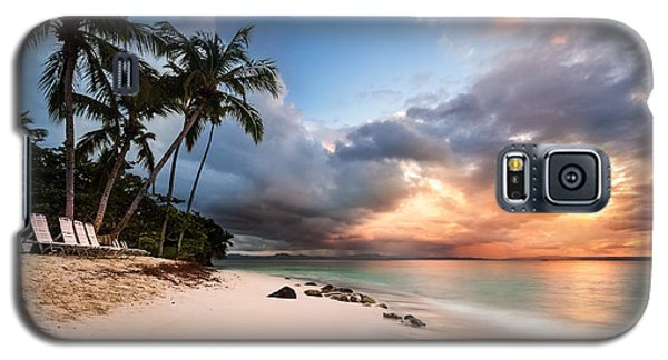 Galaxy S5 Case featuring the photograph Sunset Over Bacardi Island by Mihai Andritoiu