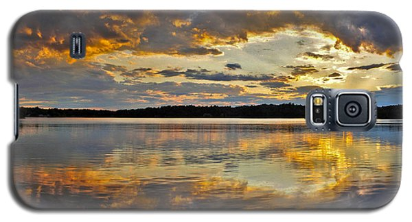 Galaxy S5 Case featuring the photograph Sunset Over Canobie Lake by Sebastien Coursol