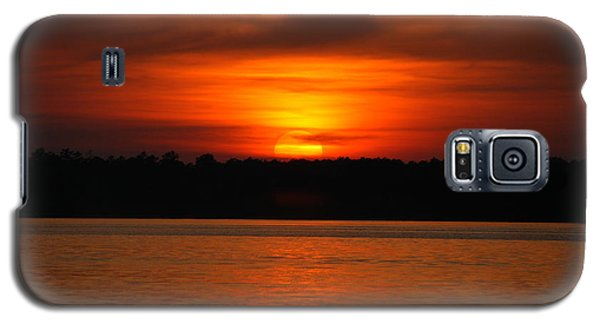 Galaxy S5 Case featuring the photograph Sunset Over Lake Martin by Donald Williams