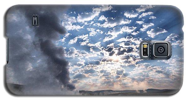 Sunset Over Old Faithful - Horizontal Galaxy S5 Case