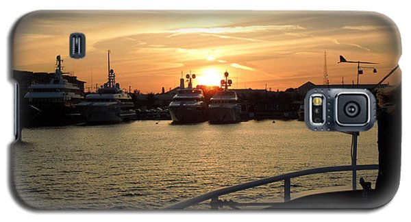 Galaxy S5 Case featuring the photograph Sunset Over The Marina by Ron Davidson