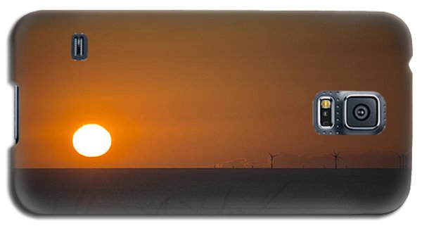 Sunset Over The Windfarm Galaxy S5 Case