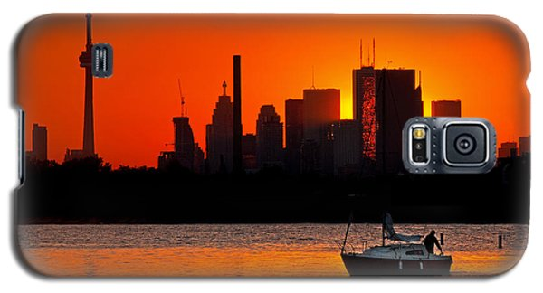 Galaxy S5 Case featuring the photograph Sunset Sail Ashbridges Bay Toronto Canada by Brian Carson