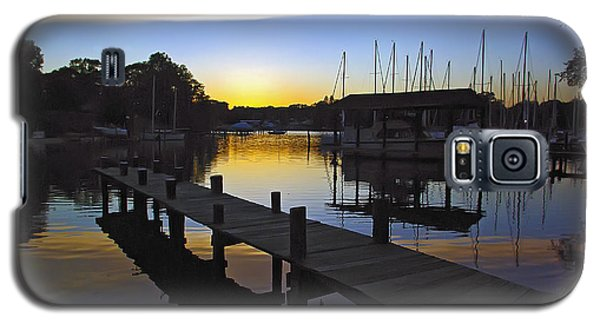 Galaxy S5 Case featuring the photograph Sunset Silhouette by Brian Wallace