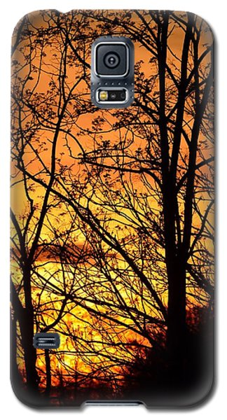 Galaxy S5 Case featuring the photograph Sunset Silhouettes Behind The George Washington Masonic Memorial by Jeff at JSJ Photography