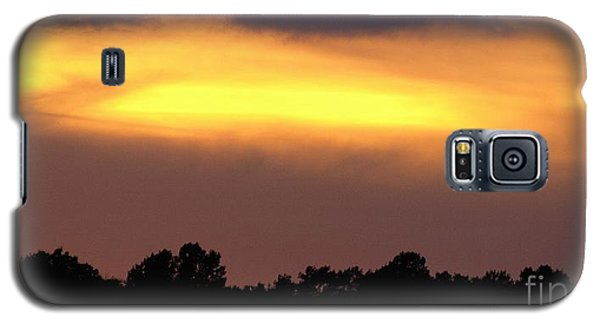 Galaxy S5 Case featuring the photograph Sunset Sky by Raymond Earley