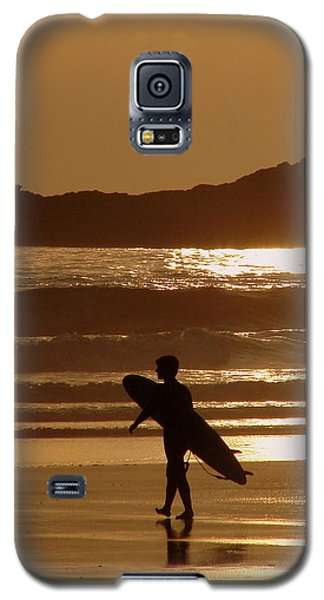 Galaxy S5 Case featuring the photograph Sunset Surfer by Ramona Johnston