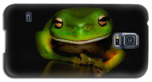 Galaxy S5 Case featuring the photograph Super Frog 01 by Kevin Chippindall