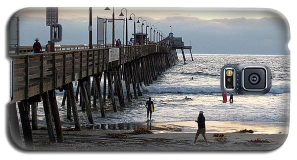 Galaxy S5 Case featuring the photograph Surfing At Dusk by Philomena Zito