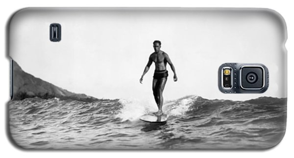 Surfing At Waikiki Beach Galaxy S5 Case